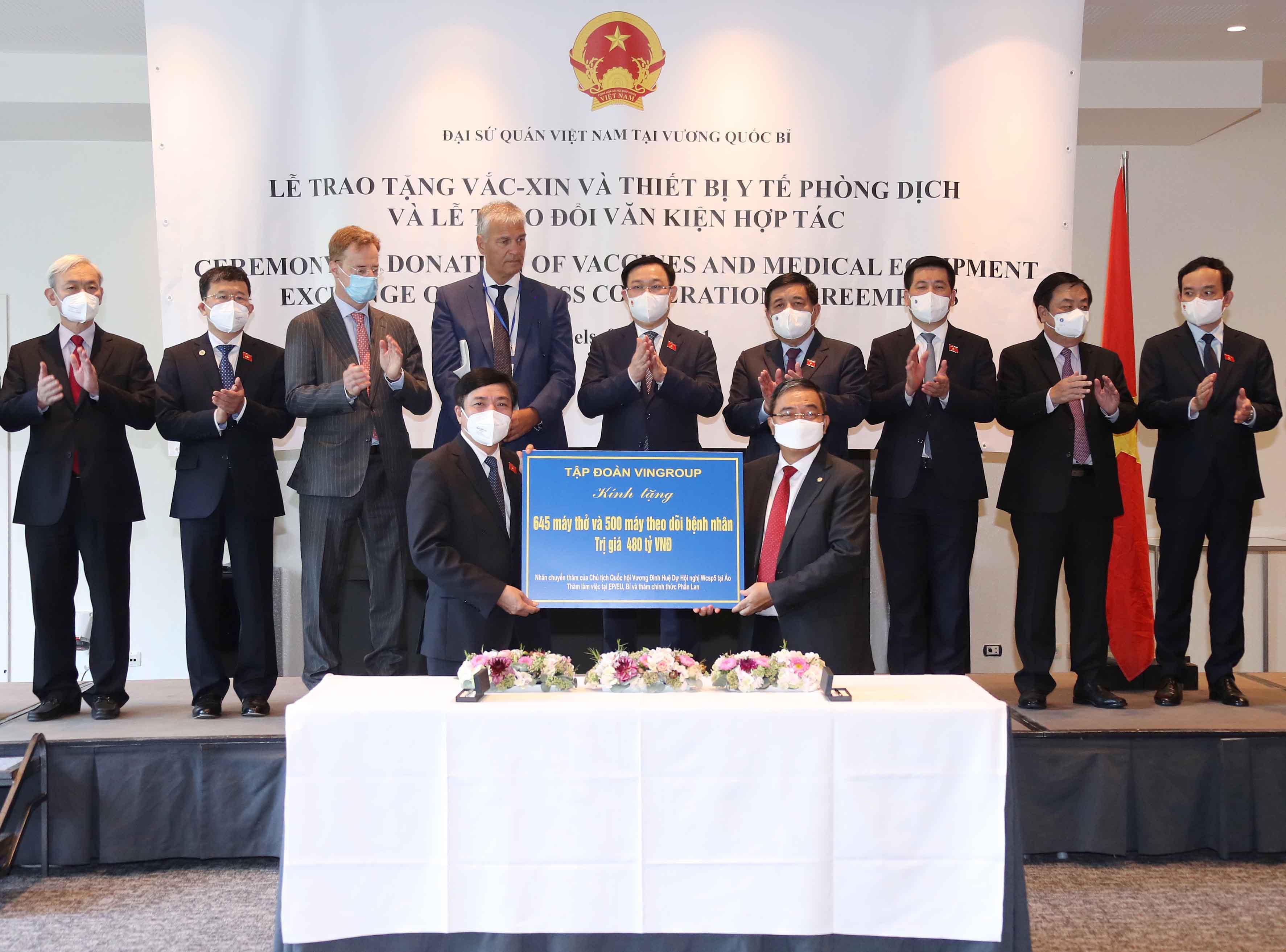 Chuyến đi mang về hàng chục tỉ USD và tầm nhìn chiến lược của Chủ tịch Quốc hội Vương Đình Huệ - Ảnh 8